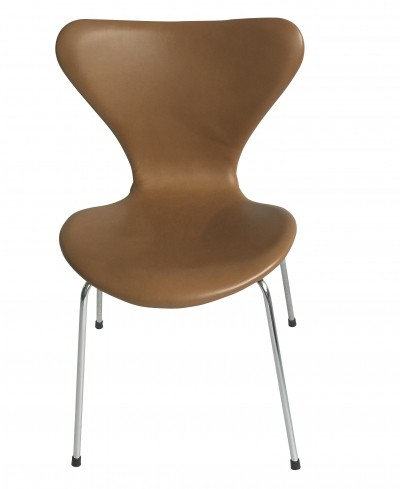 11 x Soft cognac leather 'Model 3107' dining chair by Arne Jacobsen