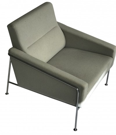 2 x Model 3300 lounge chair by Arne Jacobsen for Fritz Hansen, 1960s
