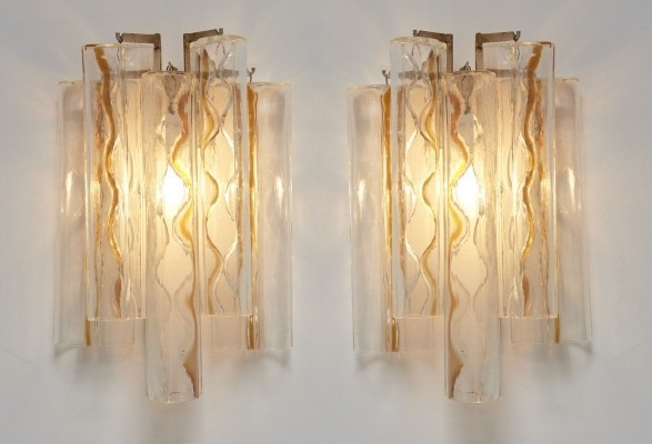 Pair of Bow Shaped Murano Glass Wall Sconces by Toni Zuccheri for Venini, 1960s