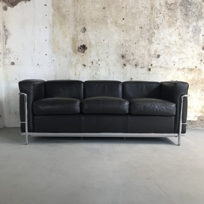 Cassina LC2 3-seater Sofa by Le Corbusier in Dark Brown Leather