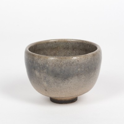 Beautiful little japonizing bowl by the swiss ceramist Mario Mascarin