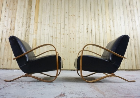 Pair of Jindrich Halabala H - 269 Armchairs by Thonet in Leather, 1930