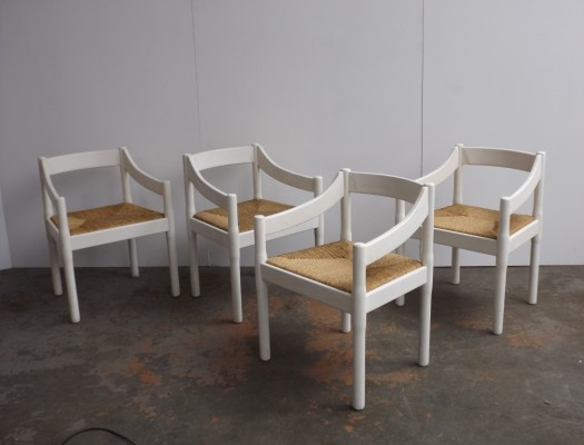 Set of 4 Carimate arm chairs by Vico Magistretti for Cassina, 1960s