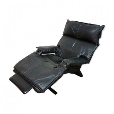 Black leather recliner by Percival Lafer, Brasil