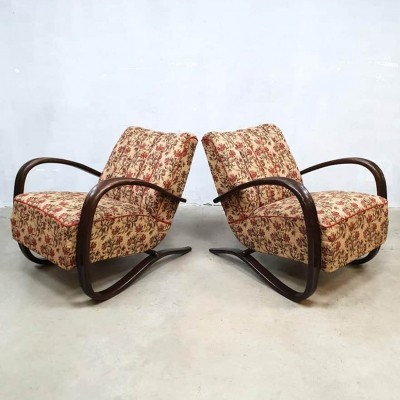H-269 Jindrich Halabala bentwood arm chair with Floral fabric