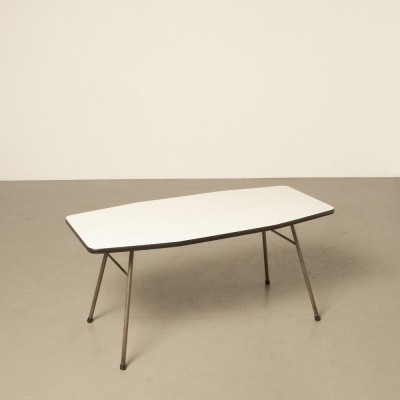 Coffee table by Wim Rietveld made by Carbo for Gispen