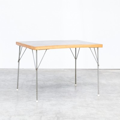 50s Wim Rietveld model 530 dining table for Gispen