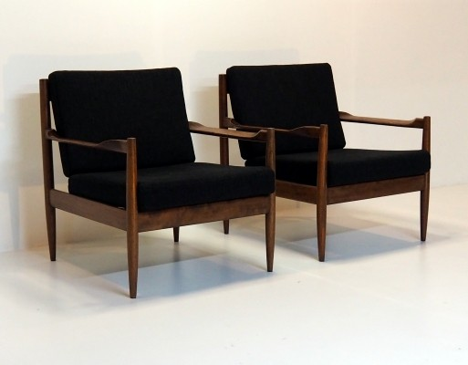 Belgian mid century quality chairs in the Scandinavian style