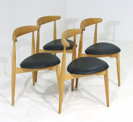 Set of 4 FH 4103 Heart Dining Chairs by Hans J. Wegner for Fritz Hansen, 1950s
