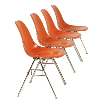 Set of 4 Original Eames DSS Chairs for Herman Miller, 1950s