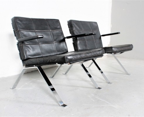 Pair of 'Euro chair 1600' lounge chairs by Hans Eichenberger for Girsberger, 1960s