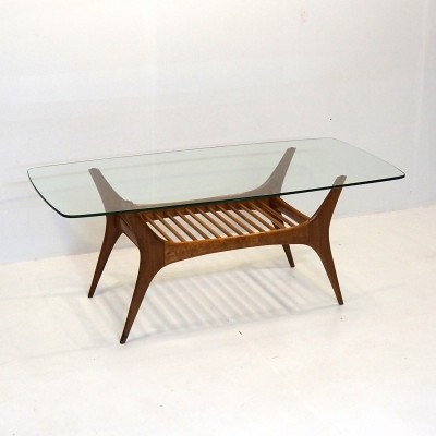 Rare natural coloured coffee table by Belgian topdesigner Alfred Hendrickx