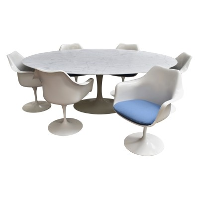 Eero Saarinen oval marble dining set for Knoll