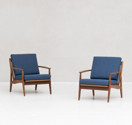 Pair of 'Model 6' easy chairs by Arne Vodder for Vamo Sonderborg, Denmark 1950