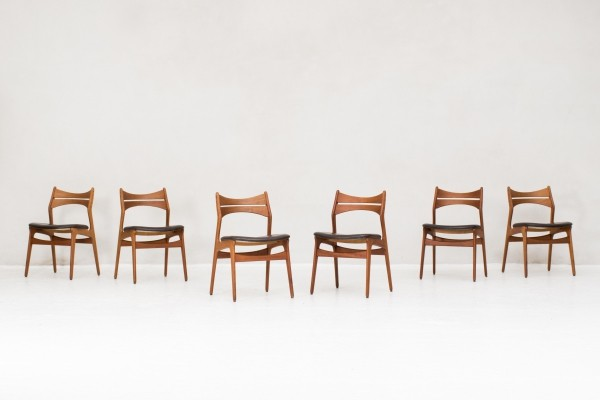 Set of 6 'model 310' dining chairs by Erik Buch for Christiansen Mobelfabrik, Denmark