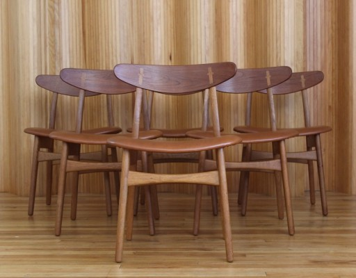 Set of six 'model CH30' Hans Wegner dining chairs by Carl Hansen & Son