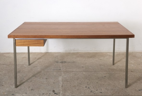 Solid large desk by Belgian Architect Philippe Meerman for De Coene