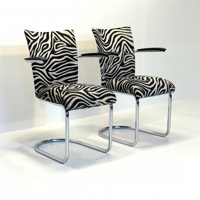 Two funky chairs by Gebroeders De Wit