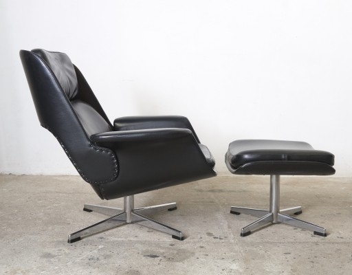 Rare black leather lounge chair with footstool designed by Olli Borg for Asko, Finland