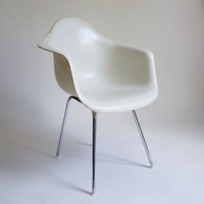Eames DAX Chair For Herman Miller