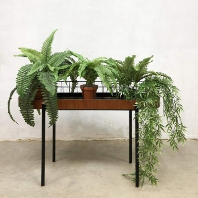 Vintage wire plant stand, 1950s