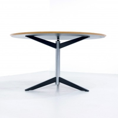 Spectrum Dining Table TE 06 by Martin Visser