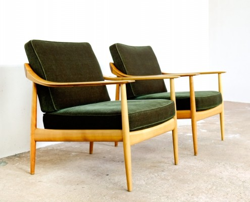 Pair of easy chairs in wood & green velvet by Walter Knoll, 1960s