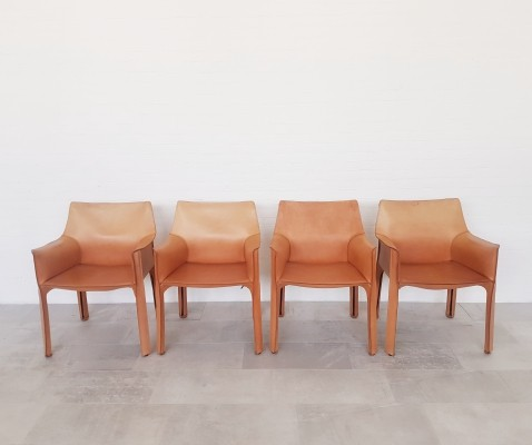 Set of 4 Cassina CAB413 chairs by Mario Bellini from the 1980s