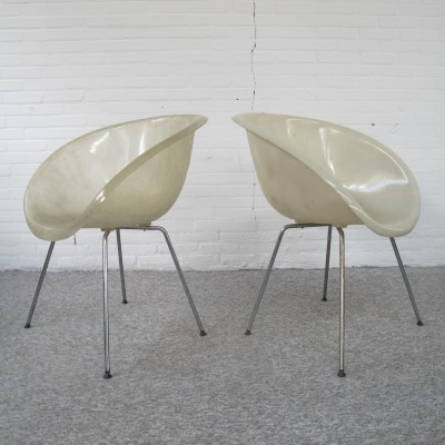 Set of two fiberglass armchairs from the 70s