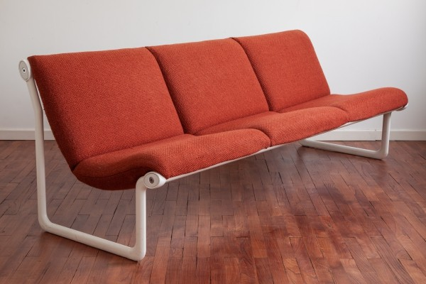 Iconic Knoll sling sofa by Bruce Hannah & Andrew Morrison
