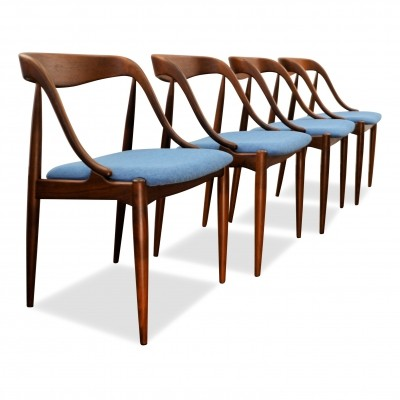 Set of 4 vintage Johannes Andersen teak dining chairs