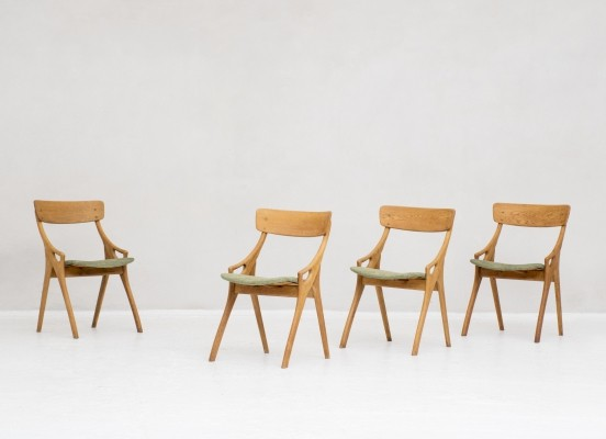 4 dining chairs by Arne Hovmand Olsen for Mogens Kold