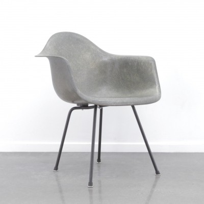 1th edition rope edge Zenith armchair by Charles & Ray Eames