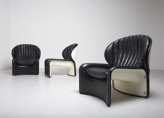 'Lotus' chair from the 1970's by Andre Vandenbeuck for Strässle (Suisse)