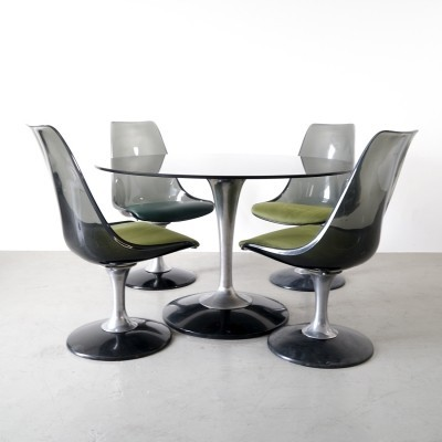 Set of 4 tulip chairs with a round smoked glass table by Chromcraft, 1970s