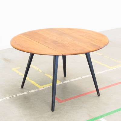 Model 384 dining table by Lucian Randolph Ercolani for Ercol, 1950s