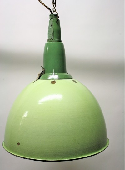 8 x Vintage industrial pendant light, 1960s