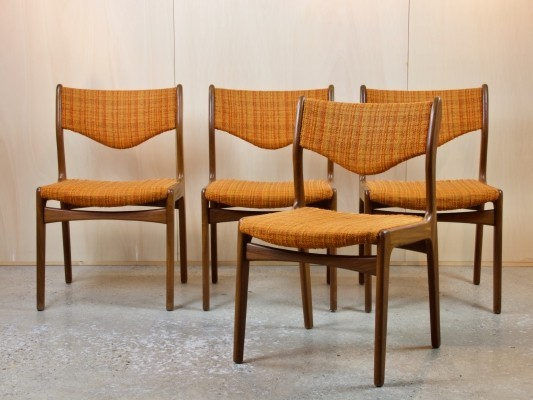 Four teak chairs with orange upholstery by Johannes Andersen, 1960s