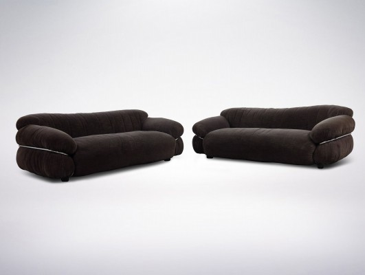 Italian Mid-Century pair of 'Sesann' sofas by Gianfranco Frattini for Cassina