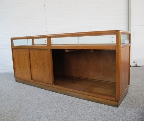 Oak shop cabinet counter from the store Bonneterie Amsterdam / Den Haag, 1930s