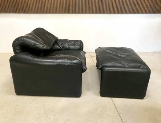 Leather Maralunga Easy Chair & Ottoman by Vico Magistretti for Cassina, 1974