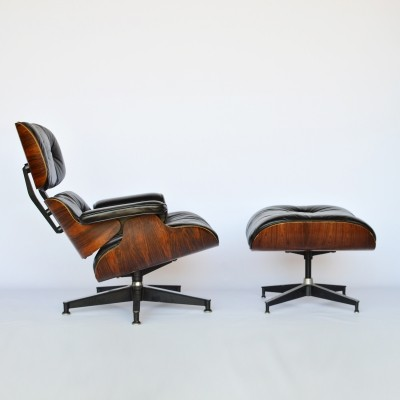 Eames Lounge Chair & Ottoman by Herman Miller in Rosewood & black leather, 1979