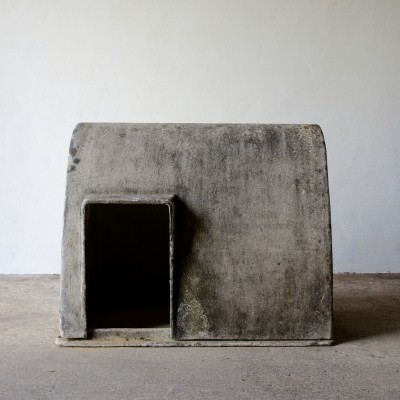 Willy Guhl Dog House