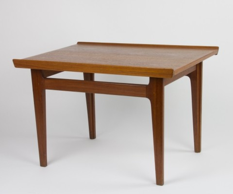 Teak model 535 side table by Finn Juhl for Ahuja & Co, 1960s