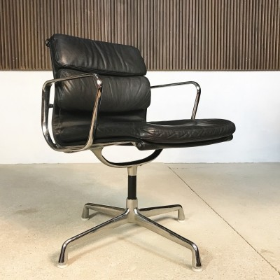 EA 208 Soft Pad Alu Chair by Charles & Ray Eames for Herman Miller, 1969