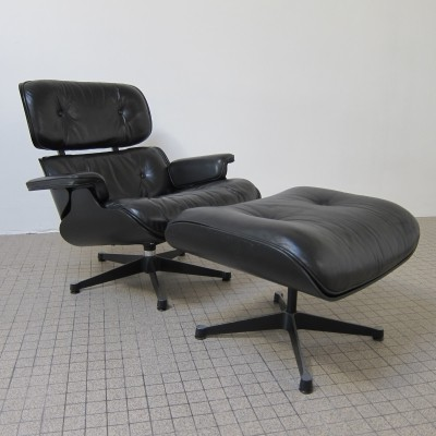 Vintage Eames lounge chair 670 + ottoman 671 by Vitra for Herman Miller, 1978
