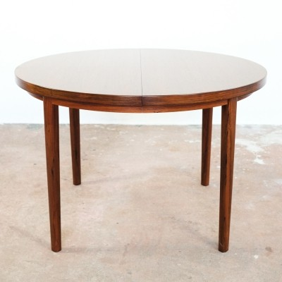Danish round table in rosewood with 2 extensions, 1960s