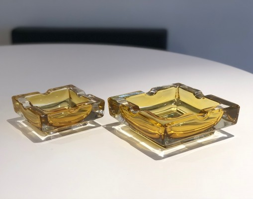 Pair of French 20th Century Vintage Glass Ashtrays, 1950s