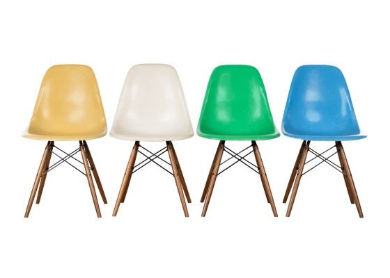 Set of 4 DSW dining chairs by Charles & Ray Eames, 1970s