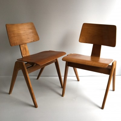Pair of 'Hillestak' chairs by Robin Day for Hille, c. 1950